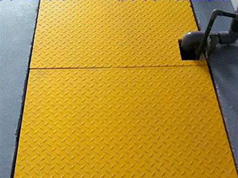玻璃钢格栅花纹盖板的八大优势